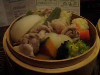もち豚と野菜のせいろ蒸し