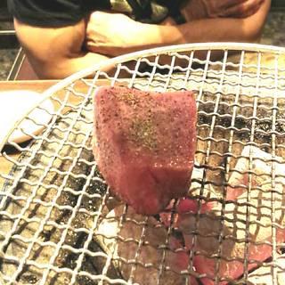 肉塊ロックステーキ
