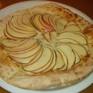 リンゴとゴルゴンゾーラのピッツア