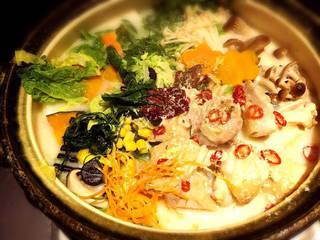 熟成鶏の特選京風豆乳鍋