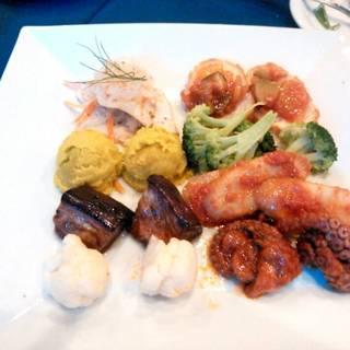 イタリア前菜の盛り合わせ
