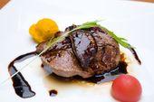 牛フィレ肉とフォアグラステーキ