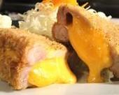 チェダーチーズかつ定食