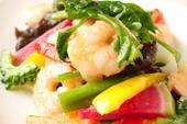 季節野菜とプリプリ芝エビ炒め