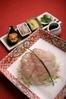 五島産白身魚のお刺身サラダ