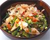 蒸し鶏と野菜の鰹風味の和風サラダ