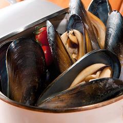 国産ムール貝の白ワイン蒸し