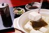 こだわりの「京豆腐」と「湯豆腐のたれ」