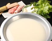 白濁とした鶏がらスープ